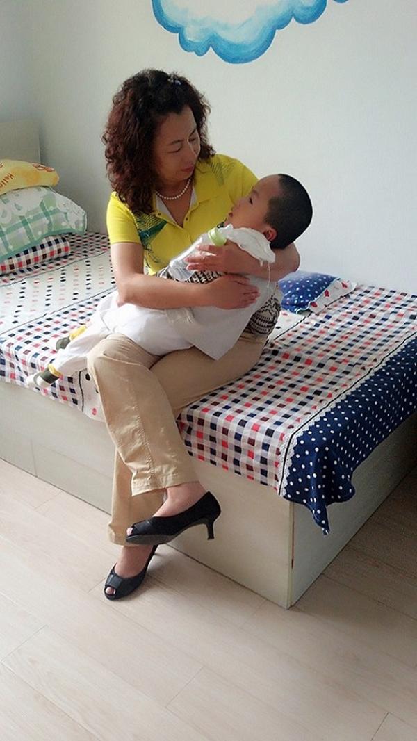 赫明霞:做131个孩子的妈妈,意味着什么?